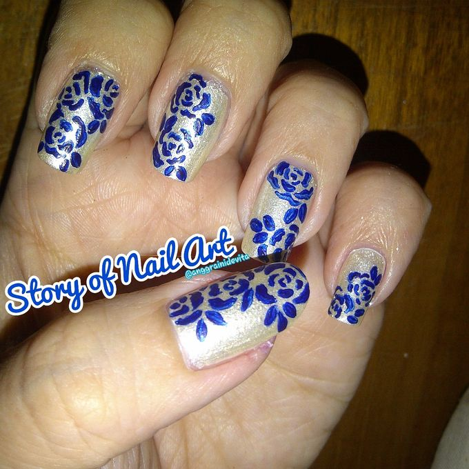 Painting Nails by Story of Nailart - 009