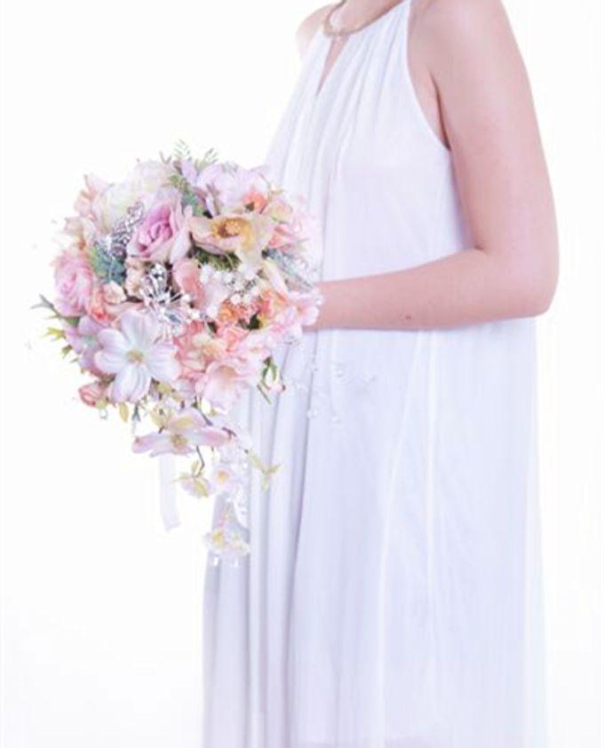 Luxurious Bouquet by LUX floral design - 030