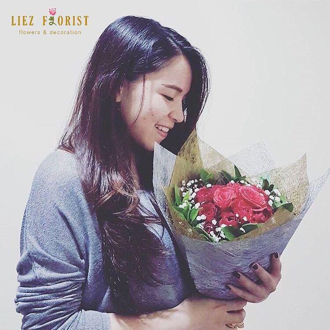Valentine Bouquets by Liez Florist & Decoration - 007