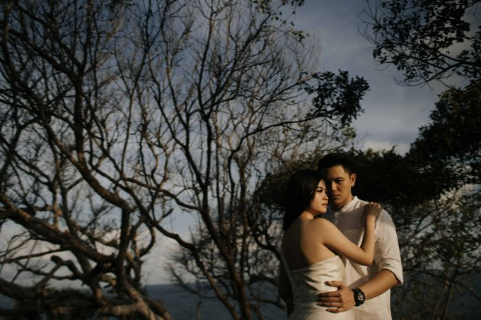 Alvin & Rosa Sumba Prewedding by Levin Pictures - 013