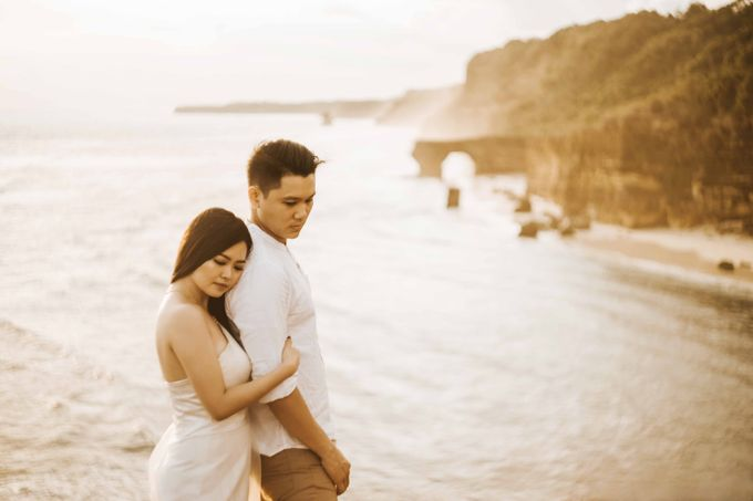 Alvin & Rosa Sumba Prewedding by Levin Pictures - 016