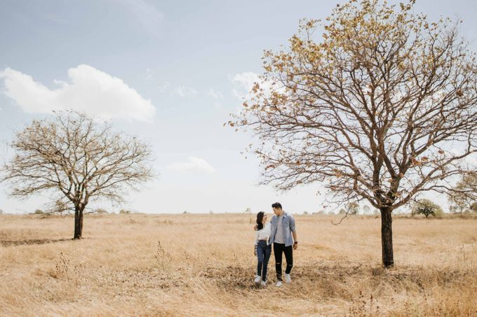 Alvin & Rosa Sumba Prewedding by Levin Pictures - 040