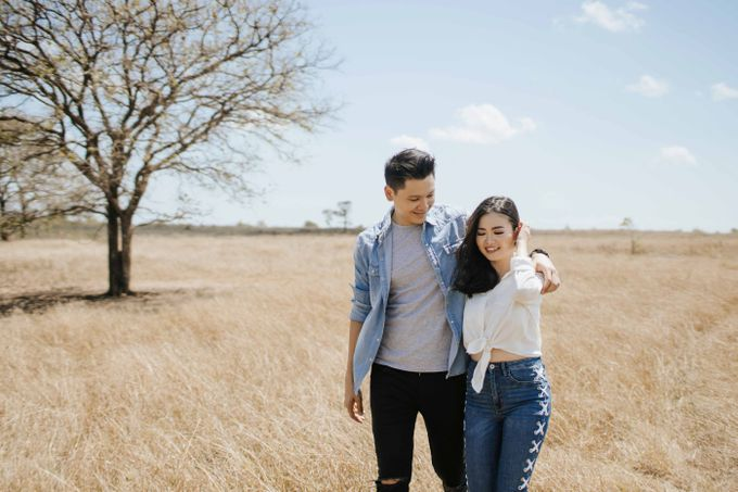 Alvin & Rosa Sumba Prewedding by Levin Pictures - 036