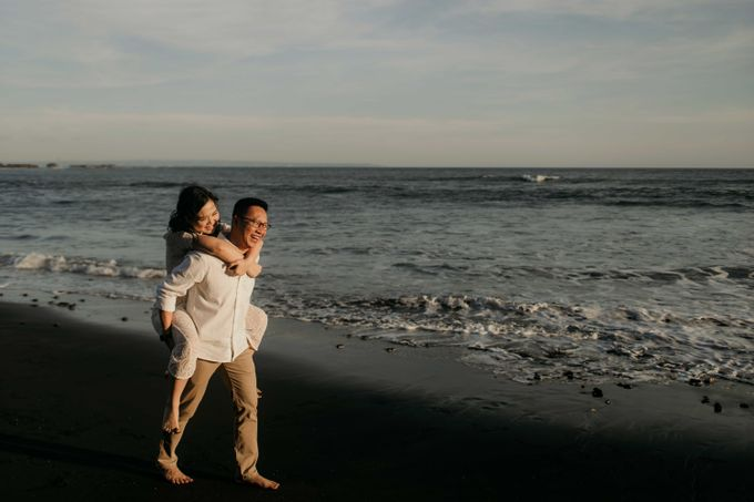 Marcus & Lita Bali Prewedding by Levin Pictures - 017