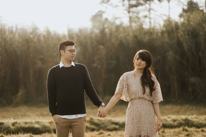 Mike & Tiff Bandung Prewedding by Levin Pictures - 004
