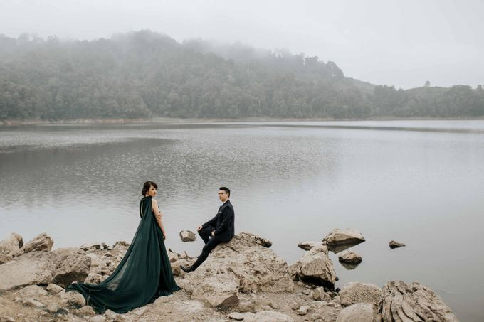 Mike & Tiff Bandung Prewedding by Levin Pictures - 019