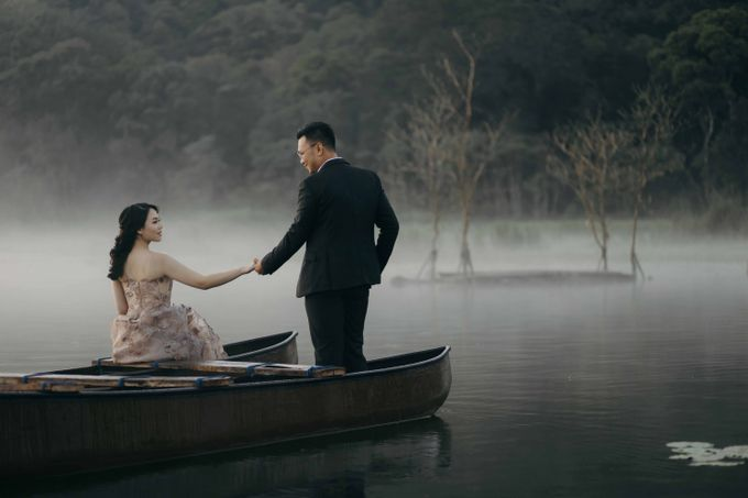 Ricky & Cindy Bali Prewedding by Levin Pictures - 011