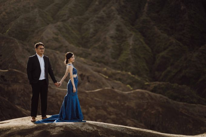 William & Yenny Bromo Prewedding by Levin Pictures - 014