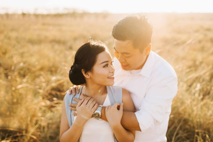 Mison & Yovita Sumba Prewedding by Levin Pictures - 025