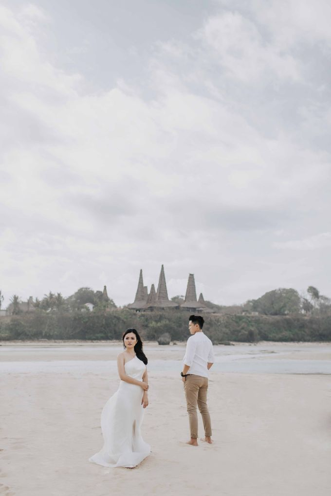 Alvin & Rosa Sumba Prewedding by Levin Pictures - 009