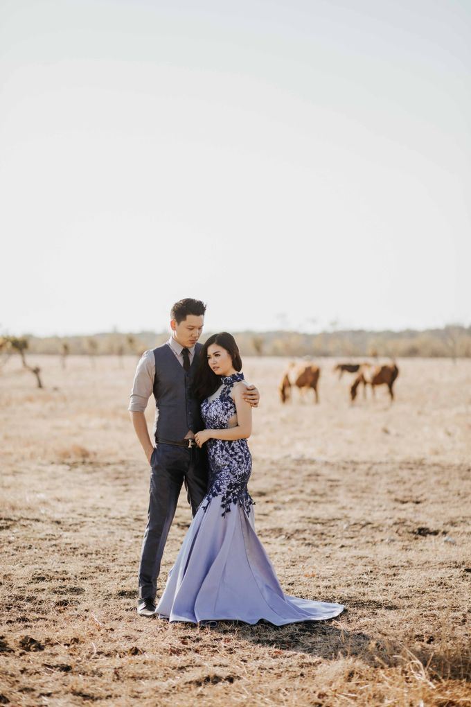 Alvin & Rosa Sumba Prewedding by Levin Pictures - 025