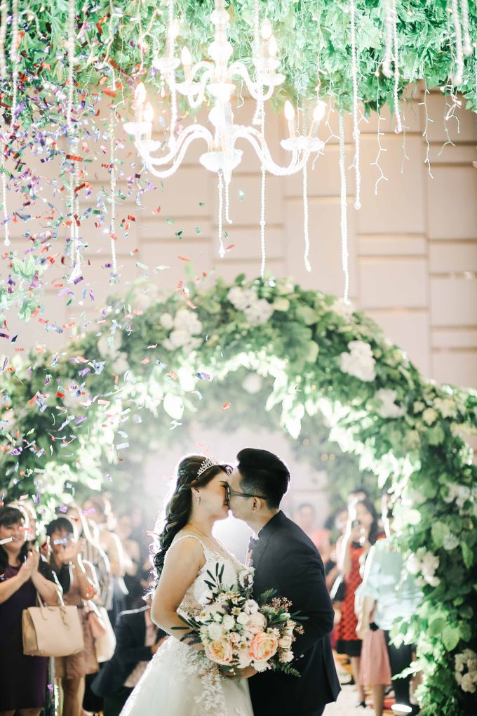 Handi & Rika Wedding by Levin Pictures - 002