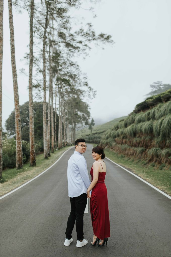 Mike & Tiff Bandung Prewedding by Levin Pictures - 015