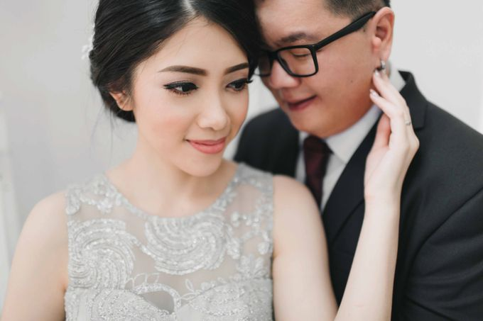 Hendry & Jenny Indoor Prewedding by Levin Pictures - 004