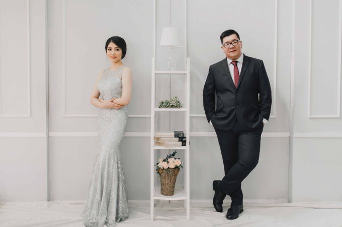 Hendry & Jenny Indoor Prewedding by Levin Pictures - 005