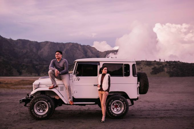 William & Yenny Bromo Prewedding by Levin Pictures - 018