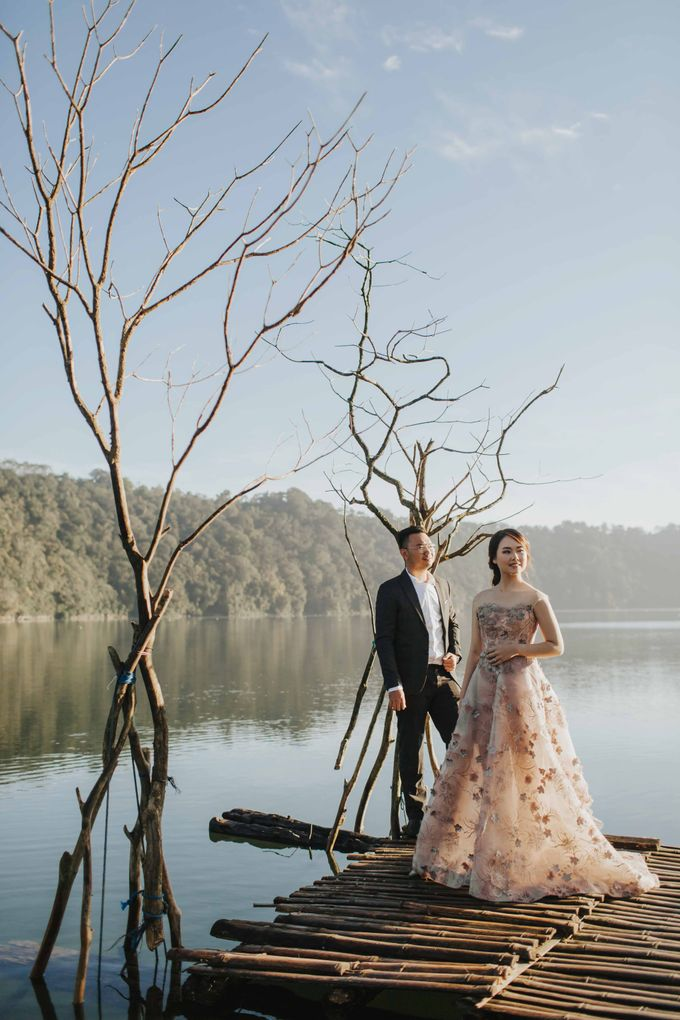 Ricky & Cindy Bali Prewedding by Levin Pictures - 017