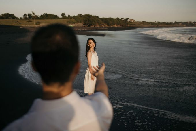 Ricky & Windy Bali Prewedding by Levin Pictures - 026