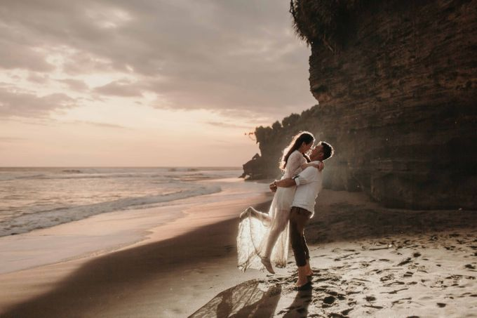 Ricky & Cindy Bali Prewedding by Levin Pictures - 025