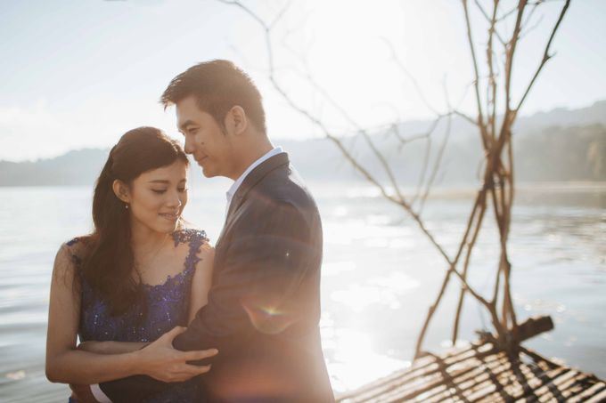 Ignatius & Aurin Bali Prewedding by Levin Pictures - 006