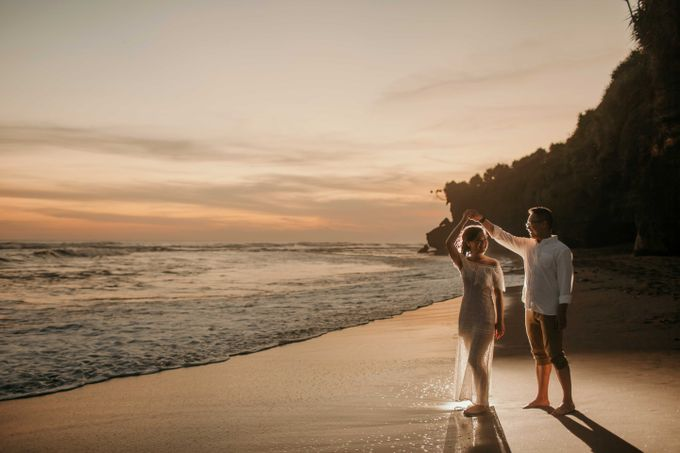 Marcus & Lita Bali Prewedding by Levin Pictures - 025