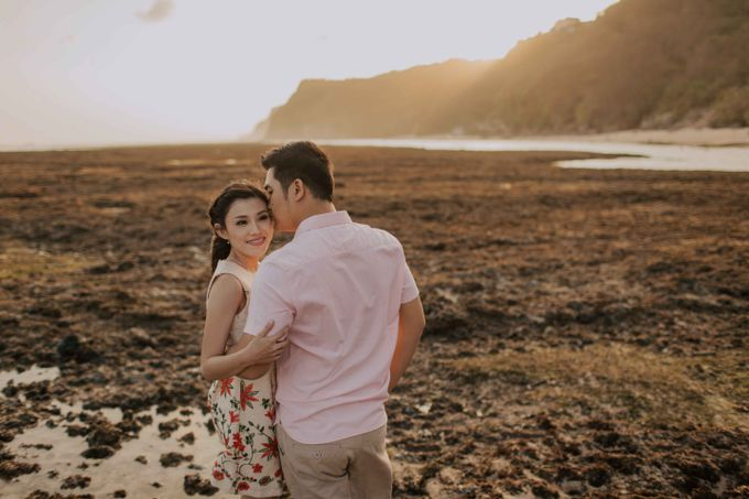 Ignatius & Aurin Bali Prewedding by Levin Pictures - 014