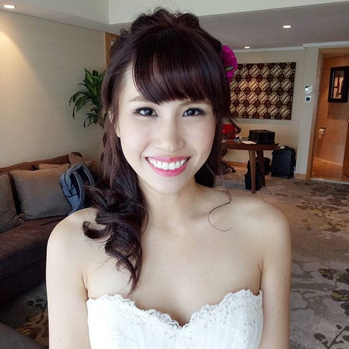 Bridal Makeovers by Star Glamour Artistry Pte Ltd - 010