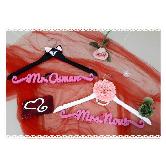 Wedding Hanger Name by Sweetlovecollection - 002