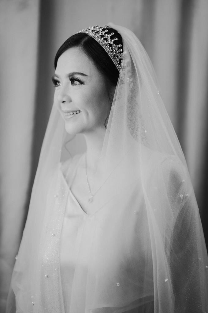 Wedding of Yohanes and Silvia by Yosgawan Studios - 004