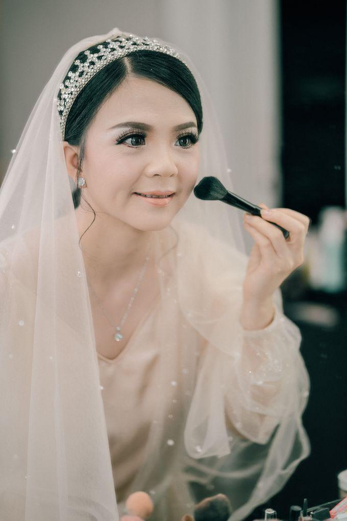 Wedding of Yohanes and Silvia by Yosgawan Studios - 005