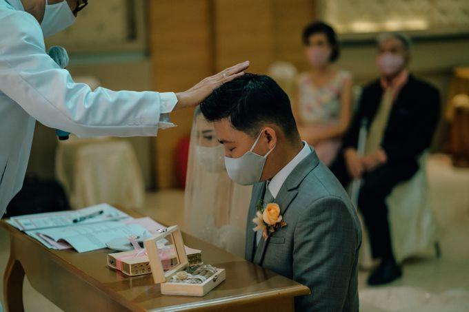 Wedding of Yohanes and Silvia by Yosgawan Studios - 022