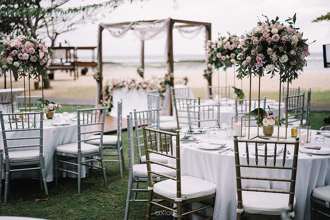 Beachfront Wedding at Sofitel Bali by WiB flowers - 010