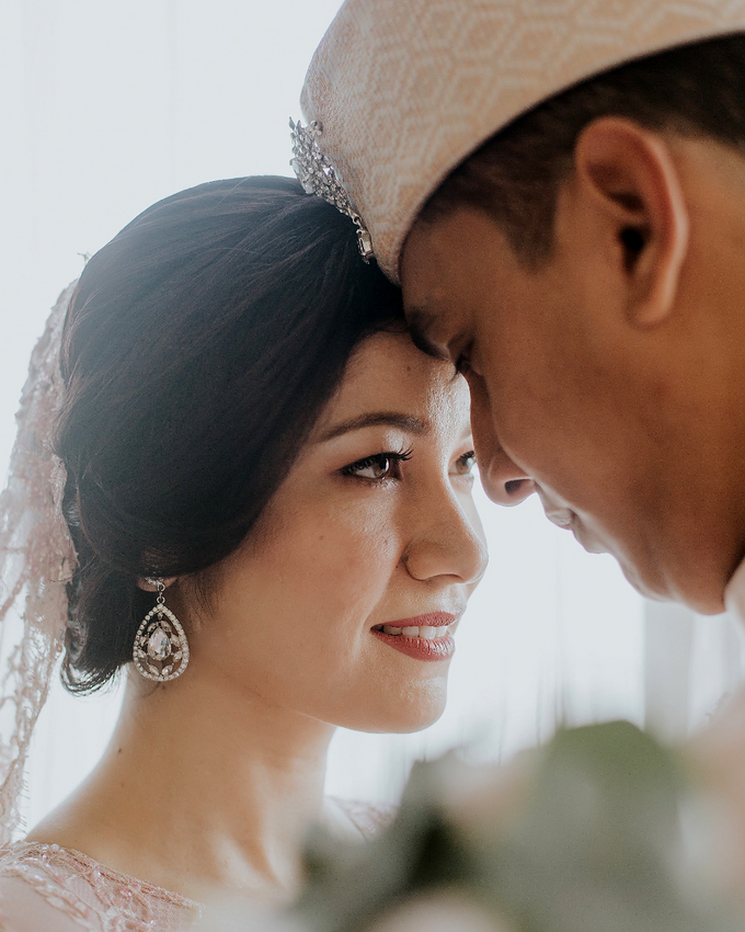 Actual Day Wedding of Yazid and Marisa by Colossal Weddings - 006