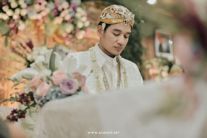 The Wedding of Putri & Lanang by alienco photography - 039