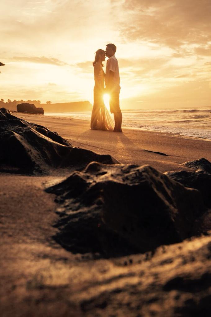 Romantic sunset in bali by Yn.baliphotography - 048