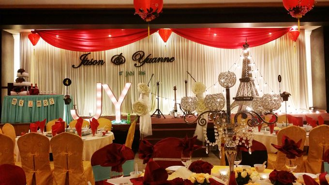 Stage Backdrop Design by Wedding And You - 029