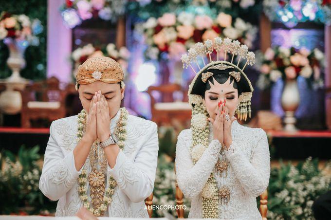 GRAHA JALA PUSPITA WEDDING OF DEBBY & TYO by alienco photography - 050
