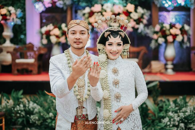 GRAHA JALA PUSPITA WEDDING OF DEBBY & TYO by alienco photography - 001