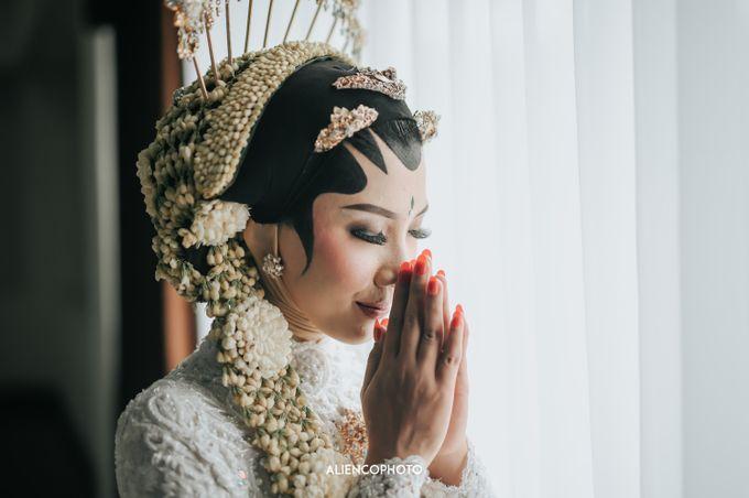 GRAHA JALA PUSPITA WEDDING OF DEBBY & TYO by alienco photography - 017