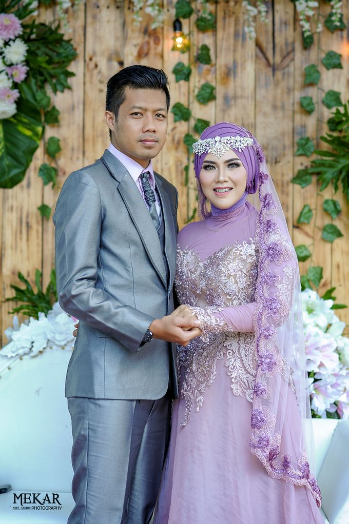 SPECIAL MOMENT THE WEDDING Laras & Loli by MEKAR PHOTOGRAPHY - 001