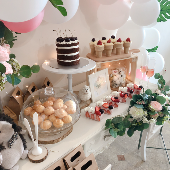 Forest Dessert table with organic balloons by Yoyosummer - 002