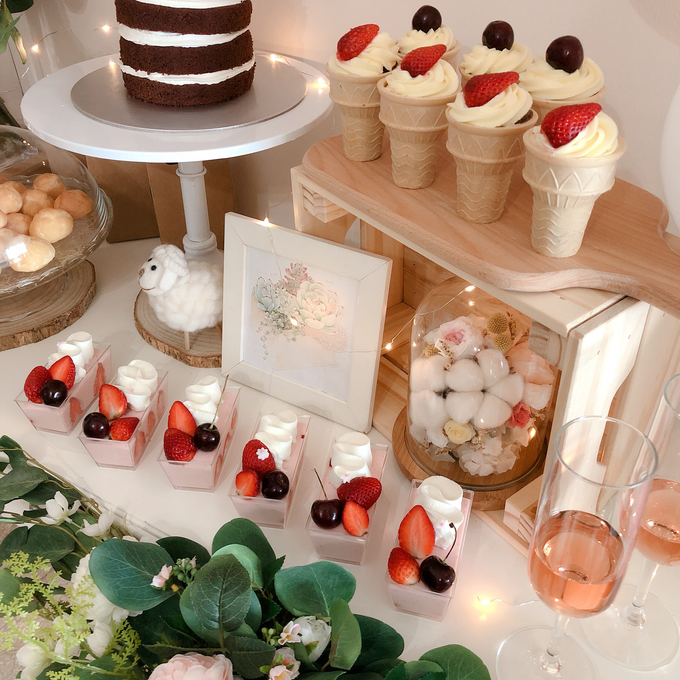 Forest Dessert table with organic balloons by Yoyosummer - 003