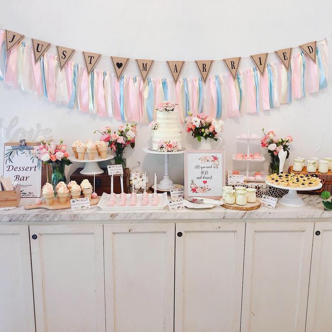 Wedding dessert table at Lewin Terrace  by Yoyosummer - 001