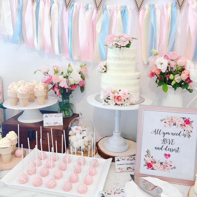 Wedding dessert table at Lewin Terrace  by Yoyosummer - 002