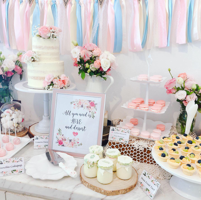 Wedding dessert table at Lewin Terrace  by Yoyosummer - 003