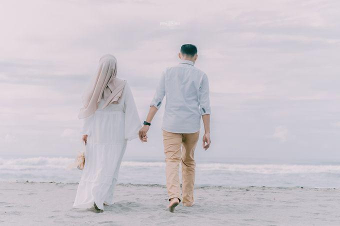 Prewedding Eca & Ahmad by Proscapictura. Id - 005