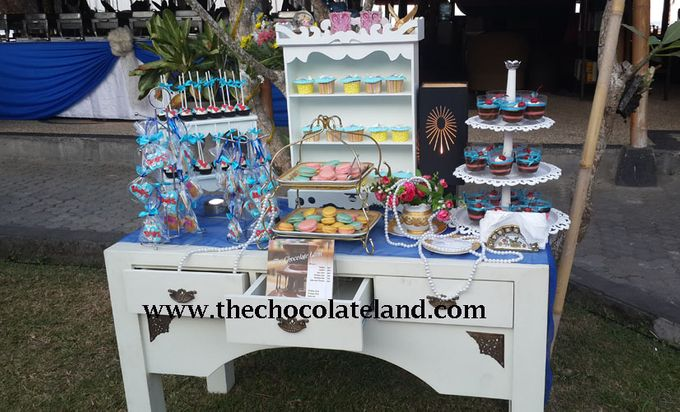 sweet corner for wedding and birthday by The Chocolate Land - 001