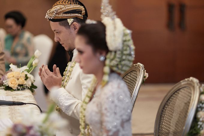 Yasrif & Ruskha - Ceremony by Camio Pictures - 033