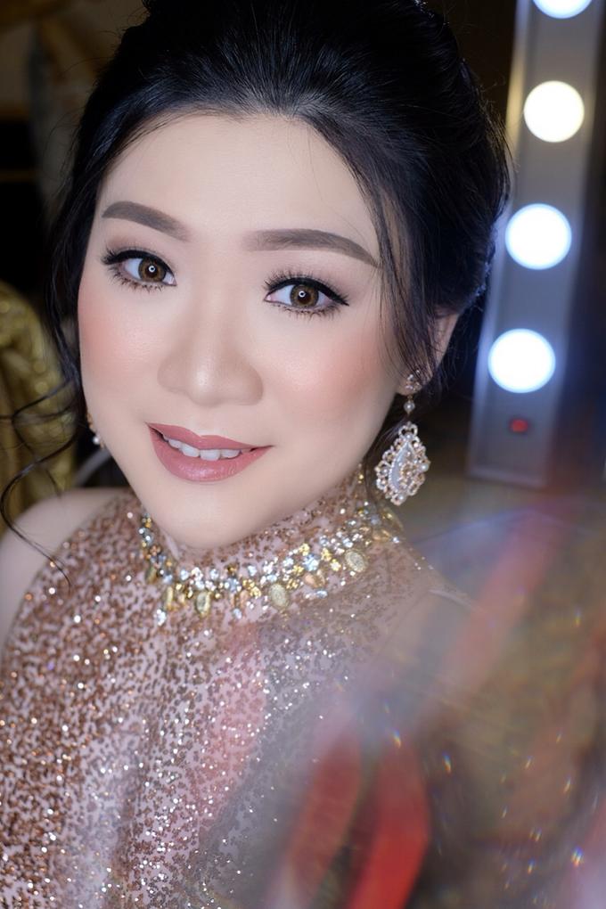 Makeup & Hairdo Engagement for Ms. Inge Hiunata by makeupbyyobel - 006