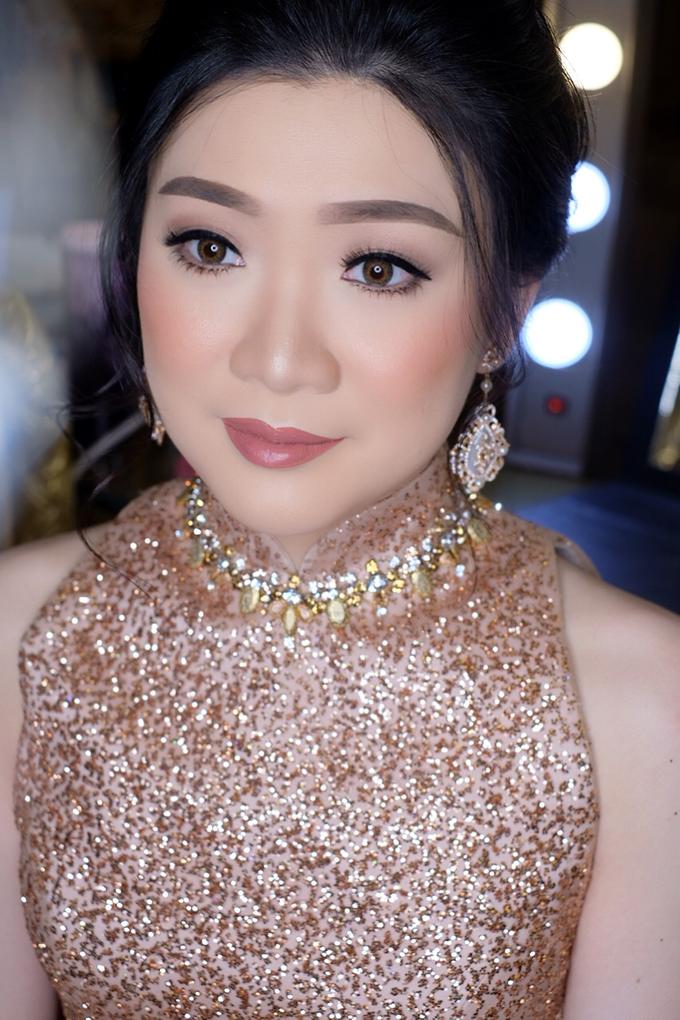 Makeup & Hairdo Engagement for Ms. Inge Hiunata by makeupbyyobel - 007